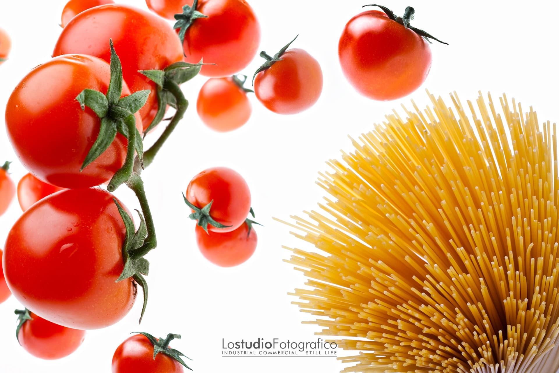 Fotografia di food, alimentari, beverage. Studio fotografico a Vicenza, Veneto. Still life di prodotti alimentari e bevande.