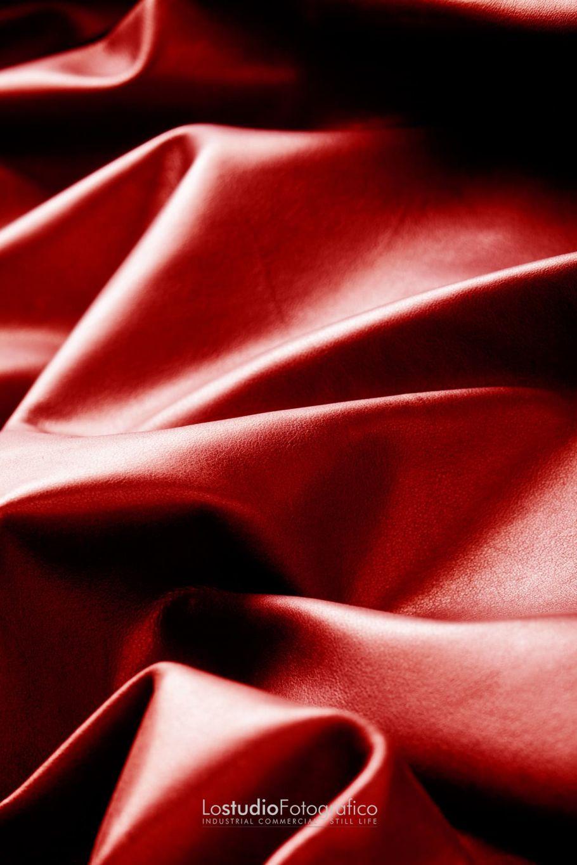 Fotografia di still life pubblicitario pellami Vicenza. Studio fotografico advertising, commerciale, cataloghi, brochure, fotografia di prodotto. Fotografo pubblicitario Veneto.